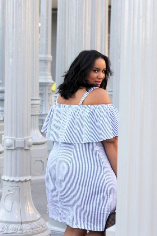 Lacma, blue and white striped dress, shift dress, maternity, eloquii dress, brunch dress, plus size blogger