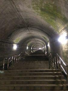 225x300 - 上越線のモグラ駅「土合駅」