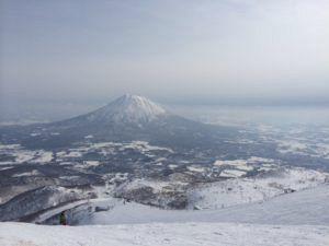 image 2 e1461838018201 300x225 - 鉄道員が仕事を辞め北海道のニセコに移住した理由とは・・・