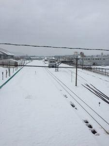 img 1655 225x300 - 国際スキーリゾート地で有名な倶知安駅は2030年に北海道新幹線が開通?