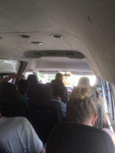 img 1531 225x300 - タイのチェンマイからラオスのルアンパバーンの18時間に及ぶバスの旅〜前編〜