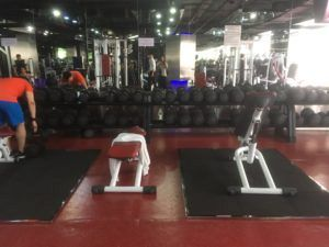 img 2071 300x225 - Hanoiで最も高級なジム「California fitness」
