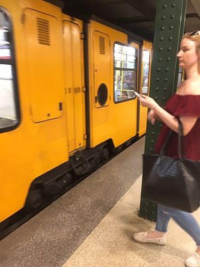 img 3719 - [:ja]北朝鮮の地下鉄に乗るならハンガリーの首都ブダぺストへ[:en]北朝鮮[:]