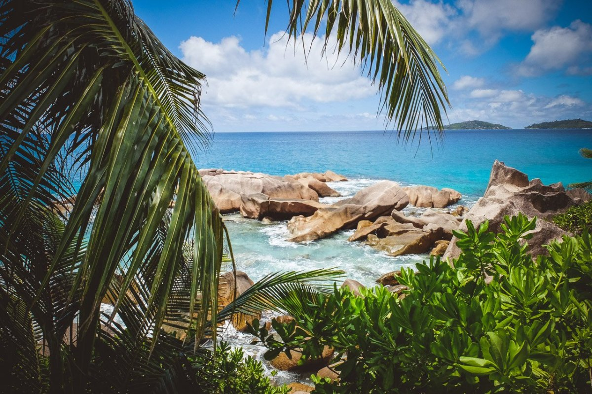 Top 20 honeymoon collection seychelles the most for Most beautiful places to honeymoon