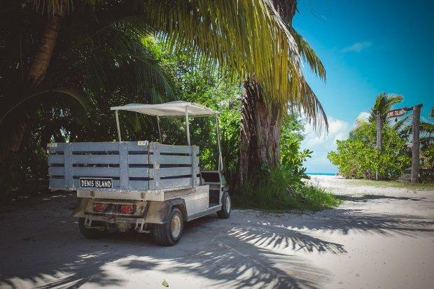 moniquedecaro-denis-private-island