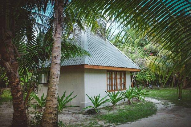 moniquedecaro-6601-denis-private-island