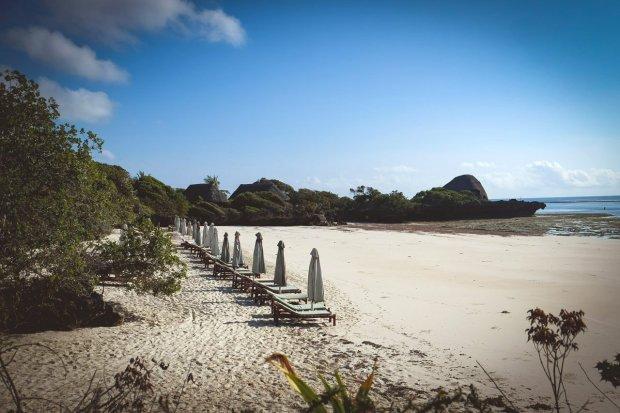 moniquedecaro-kenya-chale-island-028