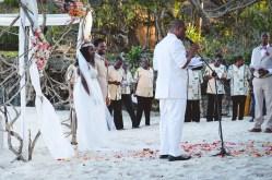 moniquedecaro-kenya-chale-island-117
