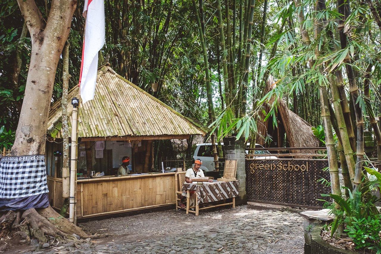 Green School Bali Die Zukunftsweisende Schule Aus Bambus By John