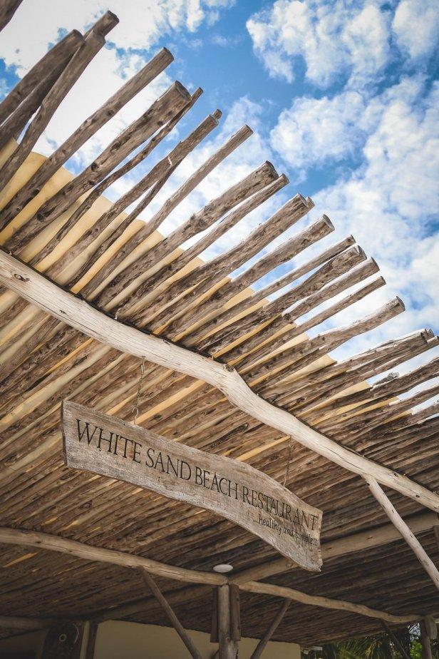 moniquedecaro-white-sand-zanzibar-2207