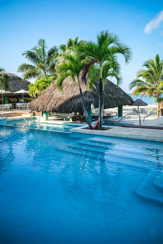 moniquedecaro-jamaica-couples-swept-0528