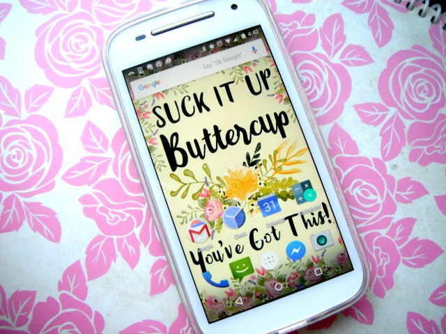 Pretty Floral Free Motivational Wallpaper for Smartphones!