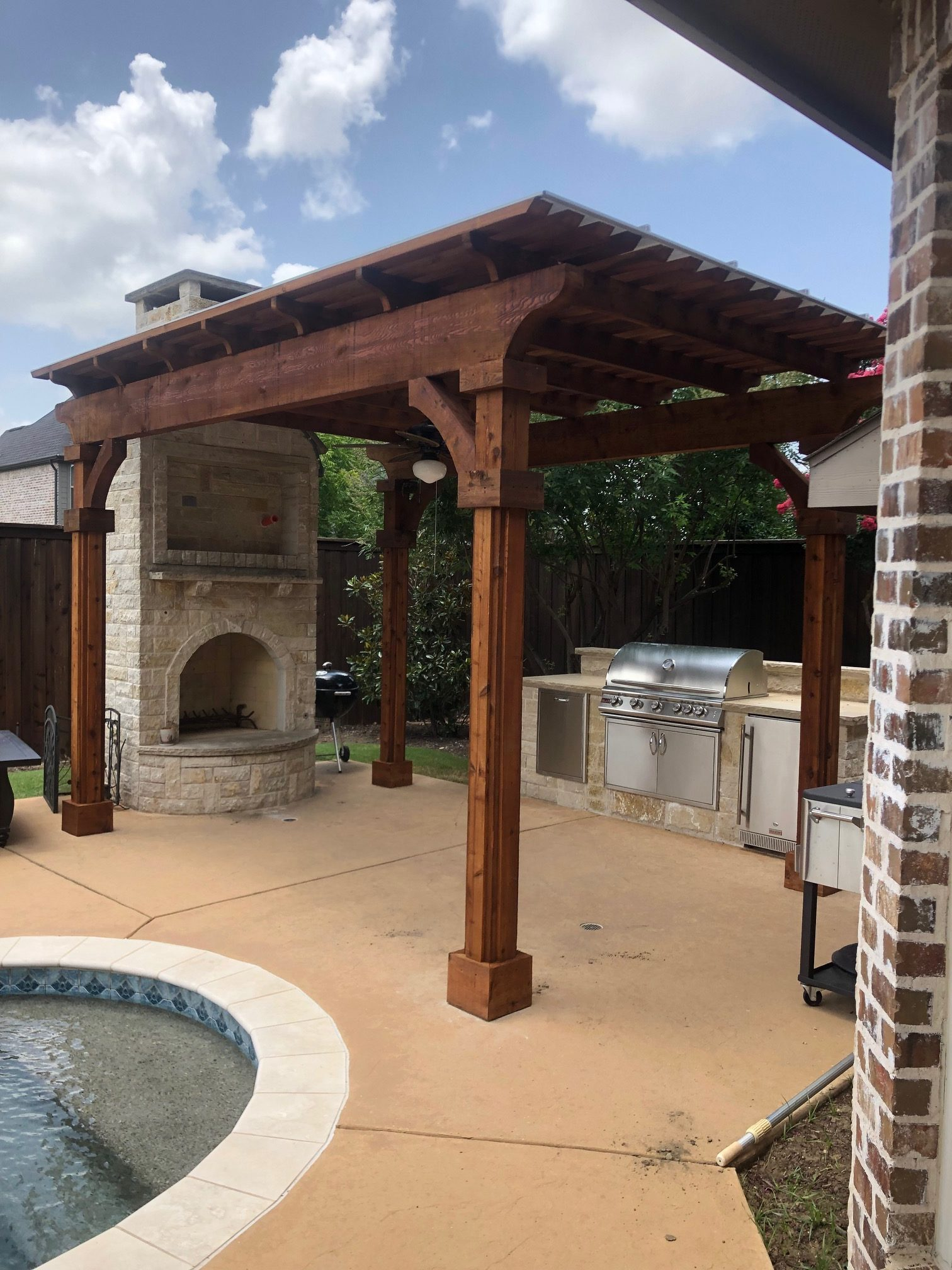 beautiful backyard living patio