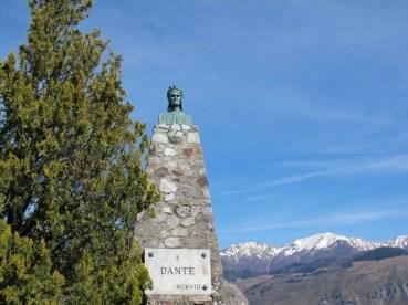 Dante monument