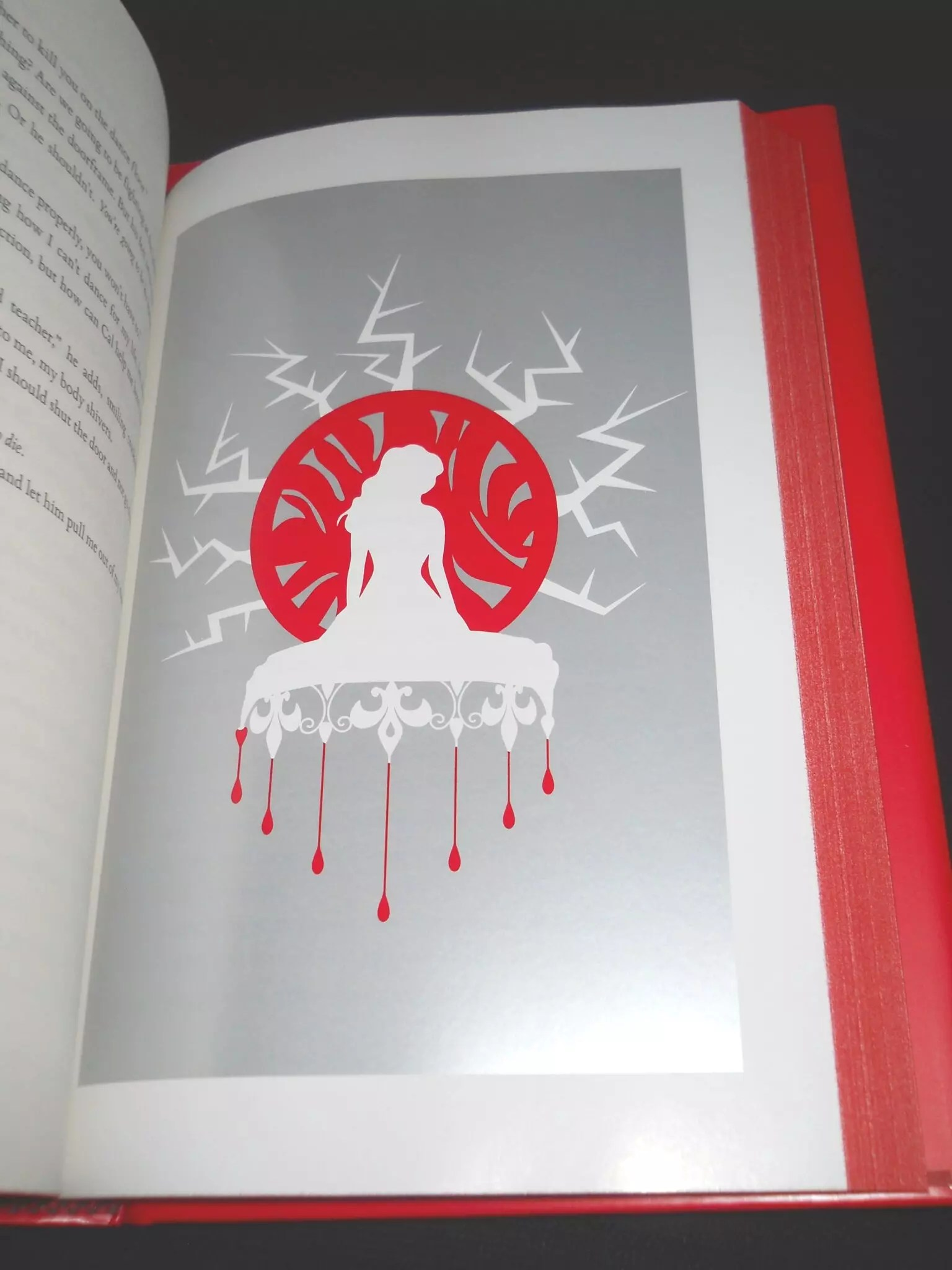 red queen illustrations
