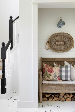 farmhouse entryway ideas