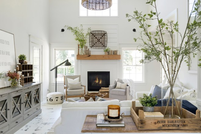 white farmhouse living room decor