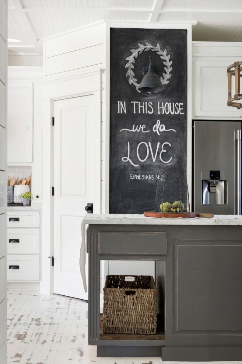 white farmhouse kitchen chalkboard