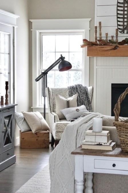 farmhouse throw pillows and living room decor
