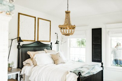 White Farmhouse Master Bedroom Decoration