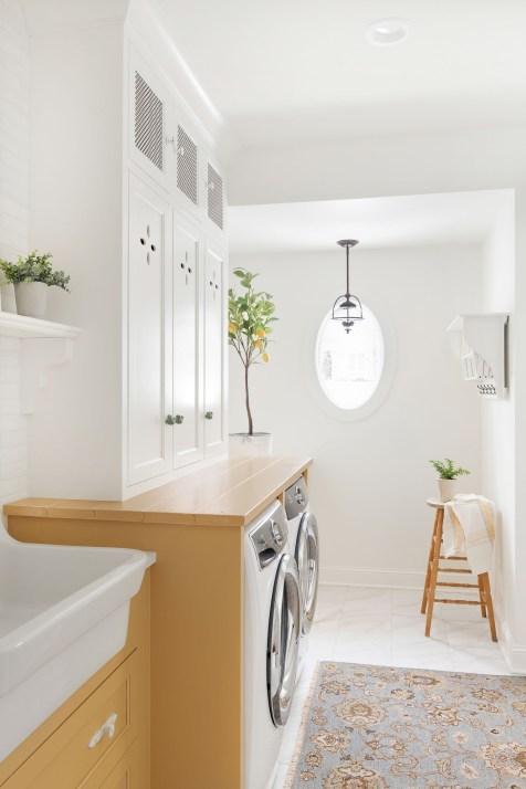 Yellow Lake Minnetonka Laundry Room Ideas