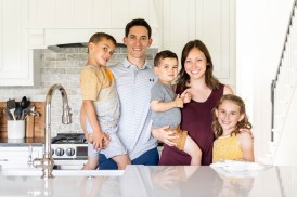 I sink I'm in love now! family in their new kitchen renovation