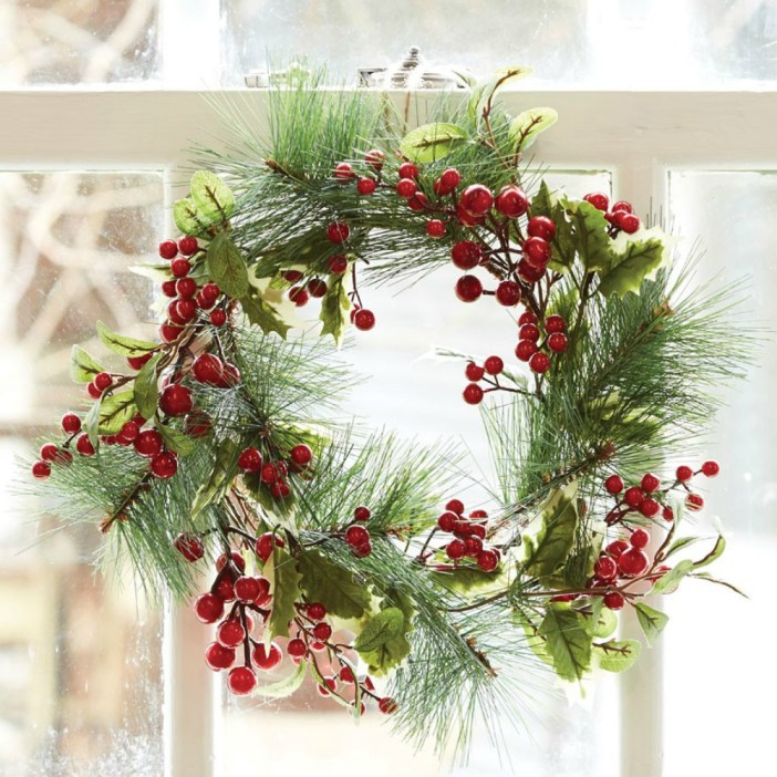 Bed Bath N Table Christmas Wreath