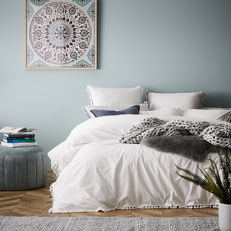 Pretty Bedroom Styling Beautiful House