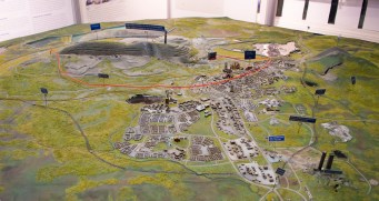 Map in 3D of Kiruna and the mine in the background