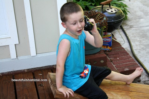 10 pretend telephone play