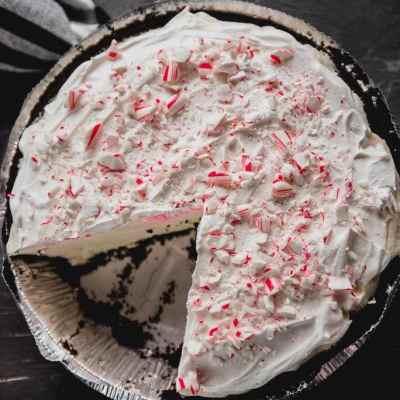 White Chocolate Peppermint Oreo Pie