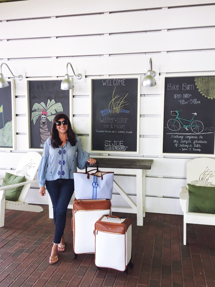 Lifestyle Blogger, Desiree of Beautifully Seaside, shares what she packed for a trip to the 30A beaches to attend The Southern Coterie Wellness and work retreat