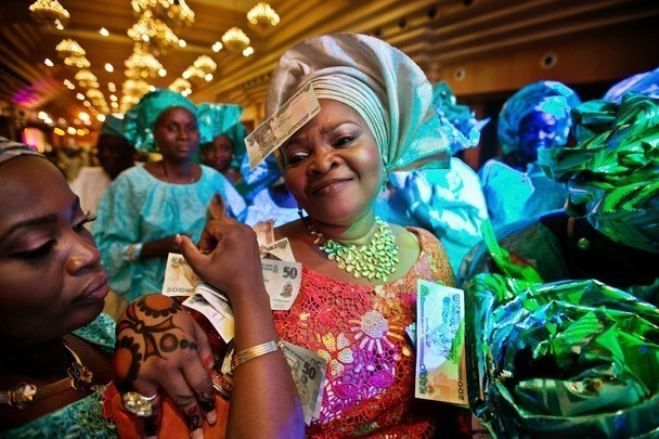 These 15 Photos Of Nigerian Mums At Weddings Will Make You Ecstatic
