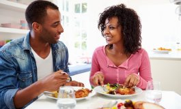 14 Charming Ways To Impress Her on The First Date