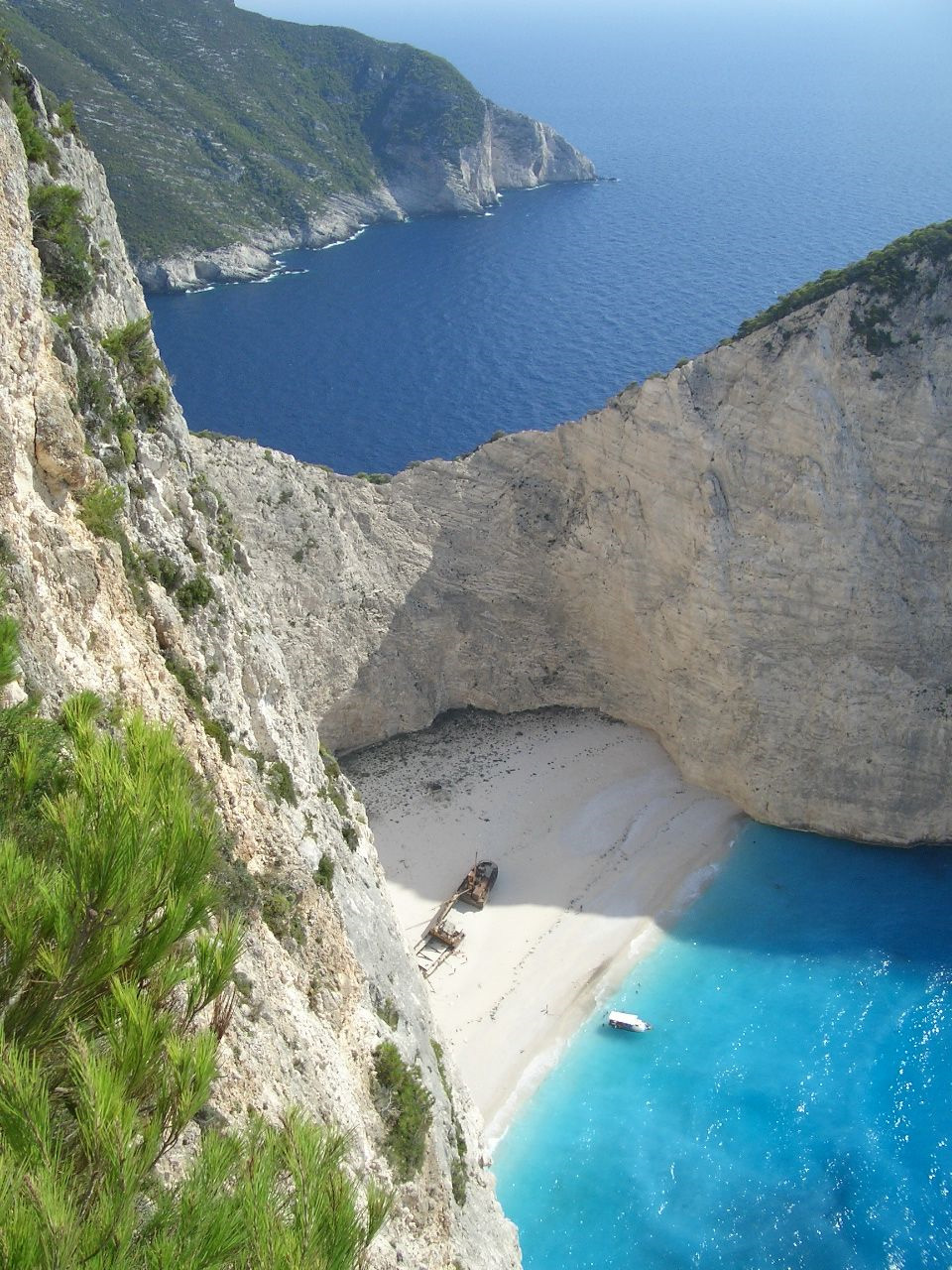 how to get to smugglers cove zante