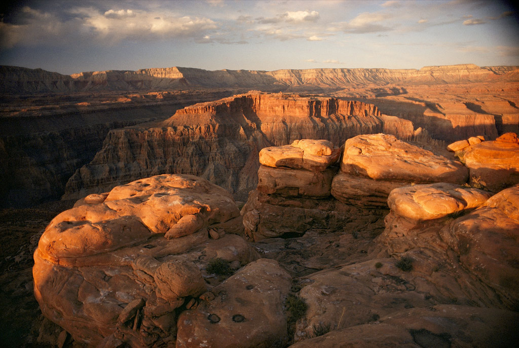 grand canyon national park helicopter tours with Grand Canyon Arizona Usa on Exploring The Grand Canyon in addition zioncanyon as well Gc Skywalk Graph moreover Busreis furthermore Grandview Point Grand Canyon South Rim.