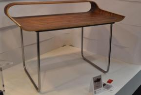 curved-minimalist-desk-office-furniture-you-need-nice-concepts-cool-office-desks-white-color-designs-look-so-nice-unique-shaped-picture-good-long-table-shaped-good-picture-nice-desk-unique-and-unusual