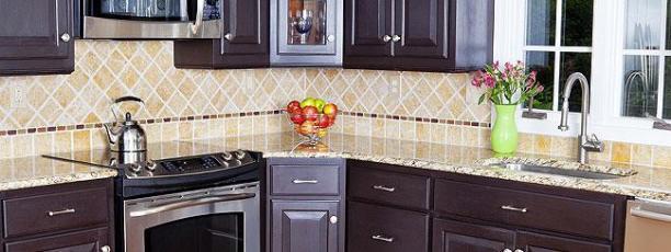 unique-results-with-glass-tile-backsplash-ideas-exciting-backsplash-tile-with-unique-pattern-with-interesting-glass-mosaic-kitchen-backsplash-pictures-kitchen-images-white-kitchen-mosaic-backspla