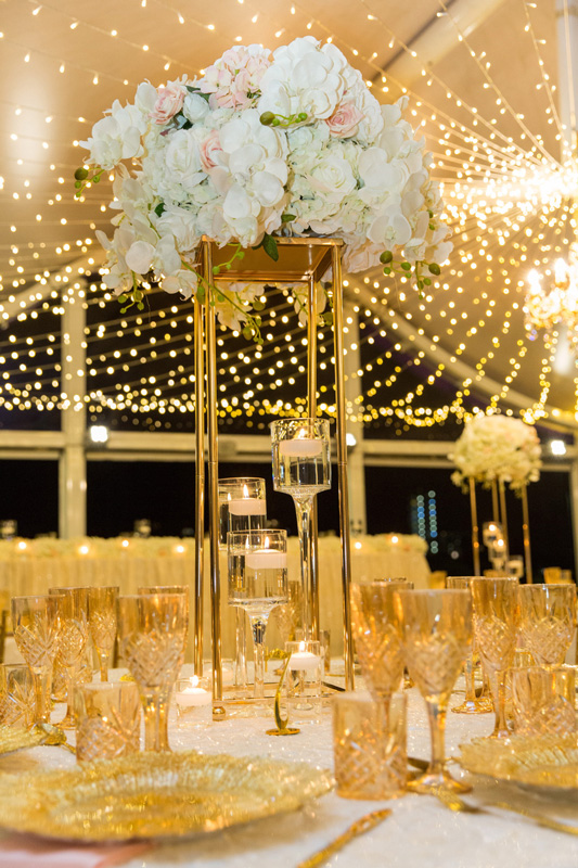 gold stand faux topper