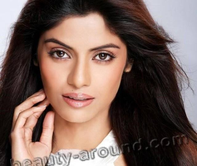 Sayantani Ghosh Bengali Beauty Photos