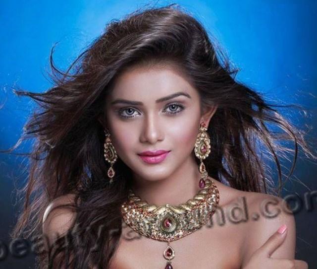 Tanjin Tisha Cute Bangladeshi Model Photo