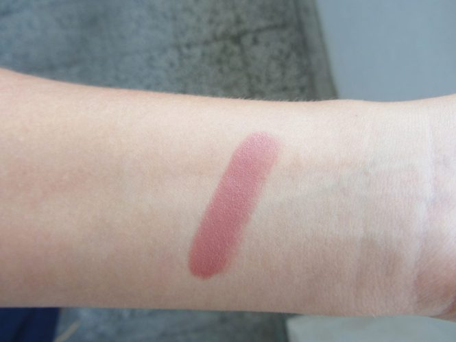kiko gossamer emotion 104 swatch