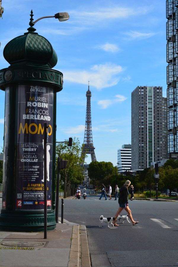 パリを散歩
