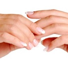 The natural color of the nail plate is pink - a sign for having health fingernails.