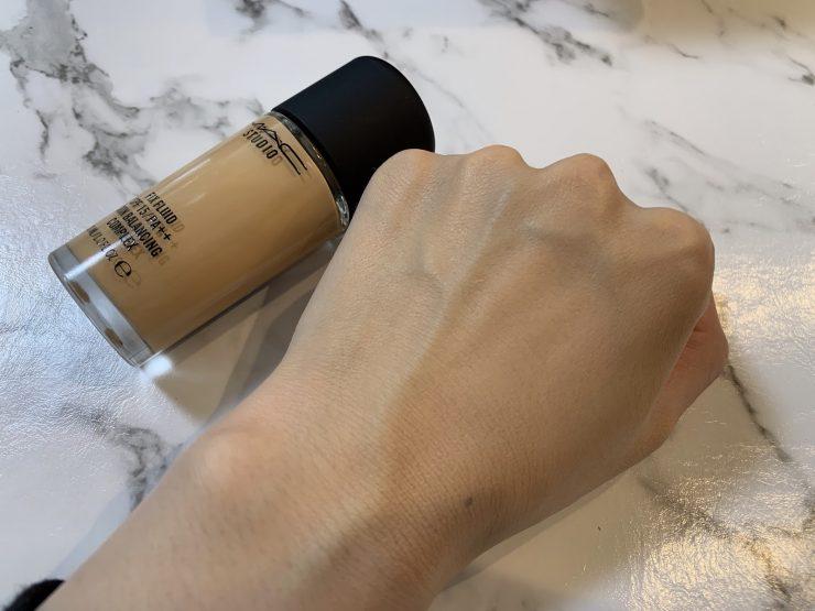 MAC超持妝無瑕粉底液大解析!再加碼介紹4款推薦的MAC粉底液【24小時持妝】 | BU UP -Beauty Upgrade-