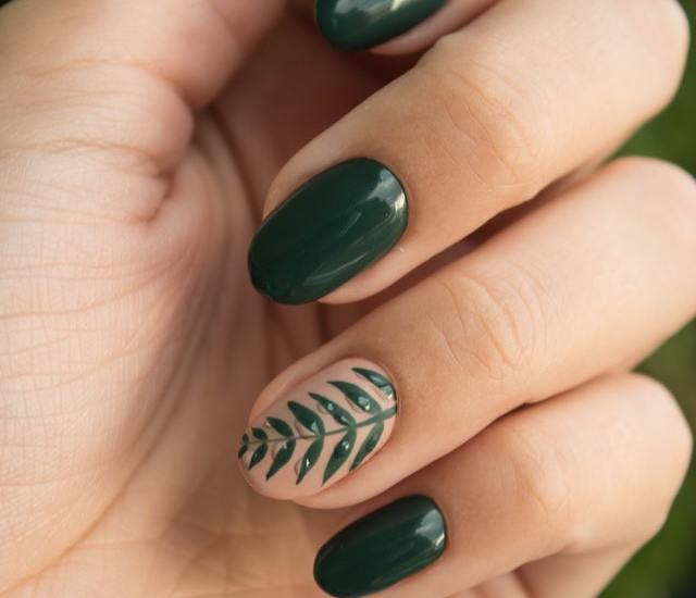 Mooie nagels tijdens de kerst Ga voor gellak!