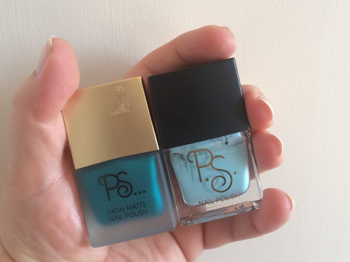 Blue Nail Colours