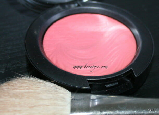 REVIEW : MAC EXTRA DIMENSION BLUSH FLAMING CHIC