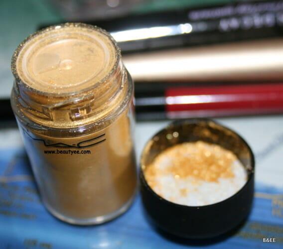 MAC lemon gold pigment