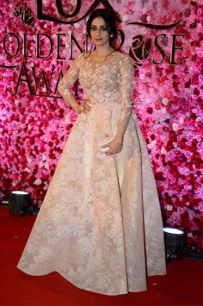 sri-devi-at-lux-golden-rose-awards-2016